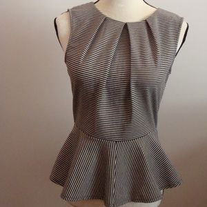 Ladies Black & White WD NY Sleeveless Shirt